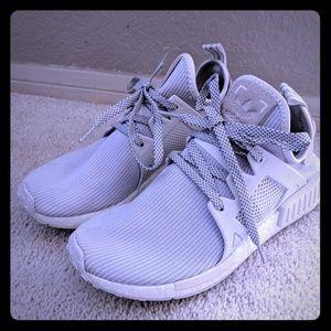 Adidas nmd xr1 vintage white women 8